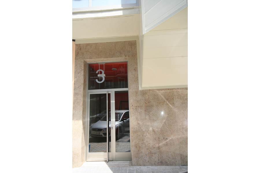 Rinaldi-3-(Puerta-portal)-1-[]